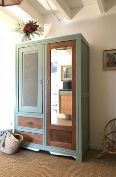 Refurbished Furniture, Painted Furniture, Diy Furniture Renovation, Furniture Rehab, Home Diy, Vintage Cabinets, Retro Furniture, Vintage Armoire, Furniture Design