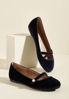 d34d621fd3dd Toe-Tapping Turns Velvet Flat Ever owned velvet flats so stylish they made  you want