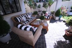 Who wants to read a nice book in this quiet and comfortable chill out zone? Refurbishment, Chill, Upholstery, Stripes, Outdoor Furniture, Curtains, Interior Design, Bedroom, Nice