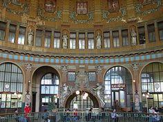 Praha hlavní nádraží - Prague Railway Station. Art Nouveau