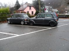 together on 1 parking #mini - we used to this all the time when we were out and about with the Minis