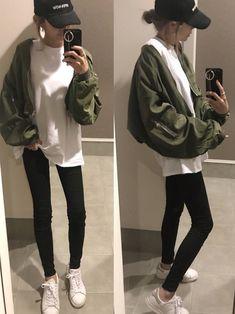 adidasのスニーカー「adidas STAN SMITH スニーカー」を使ったsayakaのコーディネートです。WEARはモデル・俳優・ショップスタッフなどの着こなしをチェックできるファッションコーディネートサイトです。