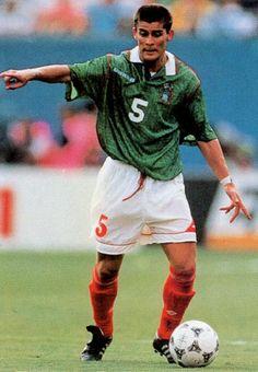 Mexico-94-UMBRO-home-kit-green-white-red.JPG