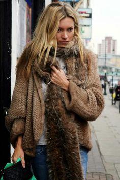 Kate Moss fur scarf