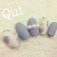matte blue floral pearls nails