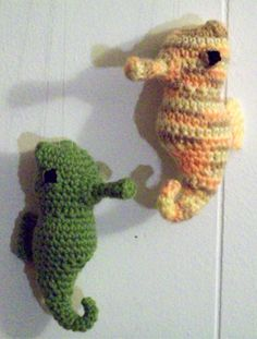 This is a free pattern for an adorable little seahorse. Ain't it just precious? I'm rather fond of this aquatic creature. Hopefully you are,...