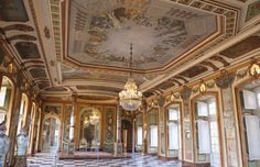 Queluz palace in Portugal - Embassadors hall
