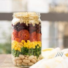 Quinoa and bean lunch salad
