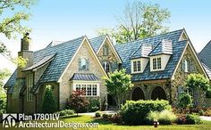 <!-- Generated by XStandard version 3.0.0.0 on 2014-12-09T15:23:46 --><ul><li>A beautiful, steep hip roof makes a lovely first impression of this luxury European house plan.</li><li>The main living area has stunning sightlines from the huge kitchen all the way through the dining room and living room to the covered lanai in back.</li><li>Vaulted ceiling unite all three rooms creating a sense of spaciousness.</li><li>The delux...