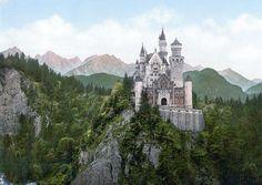 """""""Castelo de Neuschwanstein"""". Cerca de 1890. # Região da Baviera, Alemanha."""