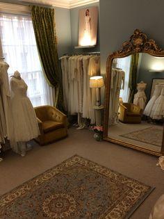 Elizabeth Avey www.elizabethavey.com vintage wedding dress boutique