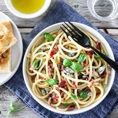 I ❤️ pasta Frisk, Food Photo, Tapas, Meal Planning, Bacon, Spaghetti, Pasta, Meals, Cookies