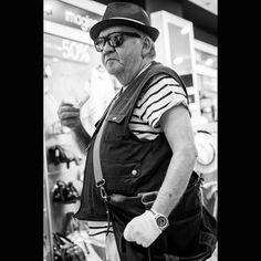 #Repost @daniel_deplazes_fotografie  White Glove #strasbourg #france #alsace #streetphotography #streethunters #hat #sunglasses #fujinon #fujifilm_ch #fujifilmx_ch #fujifilm #fuji #fujixseries #fujix_series #xt10 #peakdesign #gloves #cool #style #artisanobscura #lightroom #bnw #monochrome #blackandwhite #photography #picture #bag #bnw_globe #xf35mm via Fujifilm on Instagram - #photographer #photography #photo #instapic #instagram #photofreak #photolover #nikon #canon #leica #hasselblad…