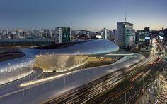 Dongdaemun Design Plaza / Zaha Hadid Architects, © Virgile Simon Bertrand