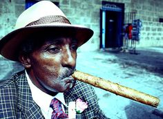 I am Cuban and this personifies the intemperance that is so characteristic of my beloved people