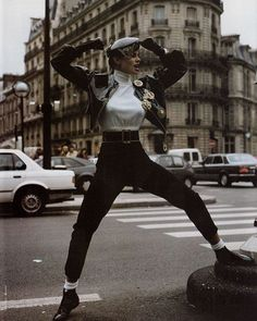 What to do this Sunday? Head on over to Vogue.nl to find our weekly round-up of the best fairs festivals exhibitions talks and screenings  Archive photo by Tiziano Magni Vogue Italia January 1992.  via VOGUE HOLLAND MAGAZINE OFFICIAL INSTAGRAM - Fashion Campaigns  Haute Couture  Advertising  Editorial Photography  Magazine Cover Designs  Supermodels  Runway Models