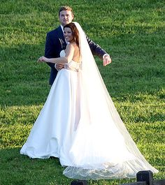 Amy Duggar Marries Dillon King See Her Wedding Dress