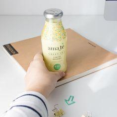 Não resisto a uma garrafa bonita  Designer que é designer guarda as embalagens todas que gosta! #packaging #packagingdesign #beautifullbottle #greentea #amate #ama_te