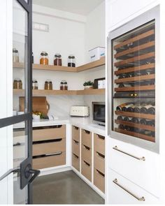 A butler's pantry with a built in beverage fridge is the only way to go! Genius … A butler's pantry with a built in beverage fridge is the only way to go! Genius design work here. - Pantry With Organization Kitchen Pantry Room, Walk In Pantry, Pantry Storage, Open Pantry, Kitchen Storage, Kitchen Organization, White Pantry, Built In Pantry, Pantry Shelving
