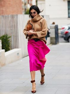 50 Street Style Looks From London Fashion Week to Inspire Your Wardrobe via @WhoWhatWearUK