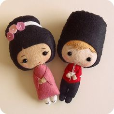 geisha and palace guard by Gingermelon, via Flickr