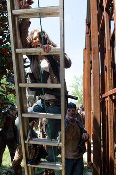 Lauren Cohan as Maggie Greene - The Walking Dead _ Season 6, Episode 8