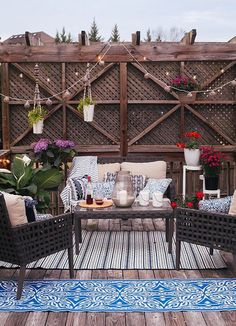Maybe you would like to upgrade the complete back yard, or perhaps only the patio area. Your patio garden requires a floor finish. With many patio furniture alternatives to pick from you can readily make an outdoor space that is going to be well utilized. Backyard Garden Design, Ponds Backyard, Backyard Retreat, Patio Design, Backyard Patio, Backyard Landscaping, Porch Garden, Exterior Design, Desert Backyard