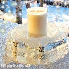 Jäälyhty jonne jäädytetty sisälle washiteippiä  // Ice lantern with washitape inside #jäälyhty #kakkumuotti #washi #teippi #lyhty #lantern #icelantern #washitape #cakemold #frozen #onnistui #diy #teippitarha #ice #jää #lyhty #snow #lumi ❄ #talvi #Winter #Finland #kynttilä #candle #pakkanen