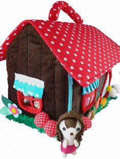 Finally, I can show you the newest creation from Kim at Cuckoo Nest, made especially for Lark! Miss Hedgehog invites you to take tea wi. Hedgehog Day, Hedgehog House, Felt Dolls, Doll Toys, Felt Doll House, Red Shop, Textiles, Felt Food, Fabric Houses
