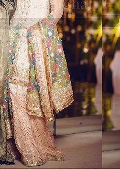 Mahi Jaal pastel dupatta Pakistani Formal Dresses, Pakistani Wedding Outfits, Pakistani Bridal Dresses, Pakistani Wedding Dresses, Pakistani Dress Design, Bridal Outfits, Indian Outfits, Nikkah Dress, Shadi Dresses