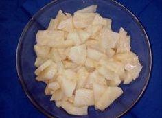 sałatka z rukoli i roszponki do obiadu: Przepisy, jak zrobić - Smaker.pl Pineapple, Dairy, Cheese, Fruit, Food, Pine Apple, Essen, Meals, Yemek