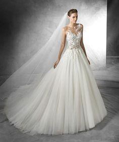 Taciana, original wedding dress with gemstone embroidery