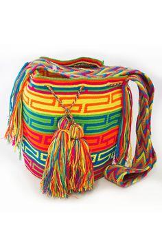 Handcrafted Bag by Wayuu Women www.wayuunaikibags.com