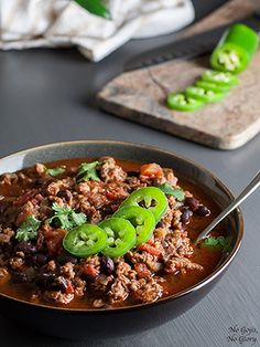 Christine Arel of No Gojis, No Glory shares a hearty-but-healthy spin on turkey chili. Photo: Christine Arel Turkey Chili Serves 8 Sometimes, you just need a good bowl of chili, especially on cold, snowy days like we've been having lately. Turkey Black Bean Chili Recipe, Turkey Chili, Chili Chili, Chili Recipes, Turkey Recipes, Cooking Recipes, Healthy Recipes, Cooking Ideas, Delicious Recipes