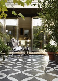 Top 3 Outdoor Flooring Options to Style Your Patio - Do you plan to update your patio this year? Style up your patio by changing the look of your outdoor flooring. These ideas can be your inspiration. Terrace Tiles, Garden Tiles, Patio Tiles, Outdoor Tiles, Outdoor Flooring, Outdoor Rooms, Outdoor Living, Outdoor Decor, Terrace Floor