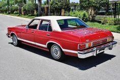 1975 Ford Granada Ghia 4-Door Sedan Ford Motor Company, Lincoln, Ford Granada, Vintage Cars, Vintage Auto, Car Ford, Station Wagon, Old Cars, Concept Cars