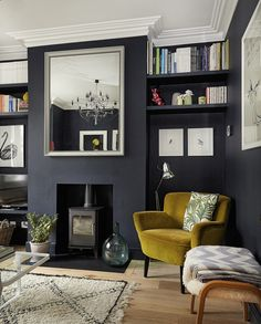This London location house four bedroom neat terraced house in south west london. The house is decorated with a colourful palette and to a high standard Victorian Terrace Hallway, Victorian Living Room, Victorian House London, Victorian Homes, Paris Living Rooms, Living Room Grey, London Location, Living Room Decor Inspiration, Chimney Breast