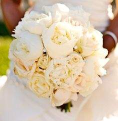Beautiful All White #Wedding #Bouquet for the bride, Niecy Nash