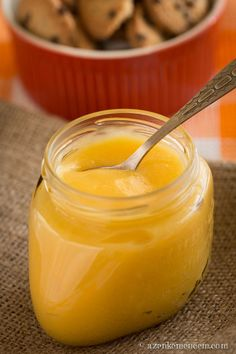 Lemon curd az angol citromkrém - elengedhetetlen az angol teadélutánokhoz A Food, Food And Drink, Curd Recipe, Sweet Butter, Hungarian Recipes, Healthy Cake, Lemon Curd, Sweet And Salty, Creative Food