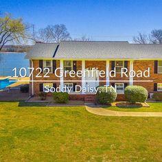 12 best lakefront homes for sale images lakefront homes for sale rh pinterest com