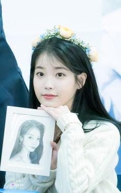 """IU 191128 """"Love Poem"""" Fansign Korean Celebrities, Korean Actors, Korean Women, Korean Girl, Love Poems, Korean Singer, Girl Group, Kdrama, Flower Girl Dresses"""