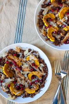 Toasted Quinoa Delicata Squash Bowls with Almond Butter Sauce & Pickled Apples - Kale Pizza, Veg Pizza, Butternut Soup, Butternut Squash Risotto, Pickled Apples, Squash Salad, Quick Weeknight Meals, Half Baked Harvest, Pumpkin Soup