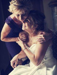 La Novia y su Mamá — Ideas para fotos hermosas  #MásQ1Boda #fotografia #boda #mamá