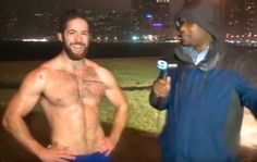 8 Pressing Questions We Have for This Shirtless Runner
