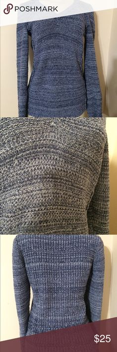 Calvin Klein Jeans Knit Sweater Small EUC This is blue and white Knit long sleeve sweater from Calvin Klein Jeans in a small. No rips, tears, snags or stains.   Clean pet and smoke free home. Thank you! Calvin Klein Jeans Sweaters