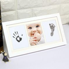 Baby Pictures, Baby Photos, Keepsake Baby Gifts, Baby Kit, Mom Baby, Picture Gifts, Baby Footprints, Gifts For New Parents, Baby Hands
