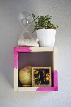 DIY: dip dyed wood shelf