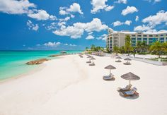 www.gravitazero.eu_ sandals royal bahamian Seductive beaches lined by translucent blue waters are found at Sandals Royal Bahamian.