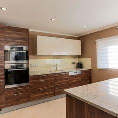 Kuchyně - fotogalerie a inspirace - Favi.cz Deco, Kitchen Cabinets, Decor, Kitchen, Home, Cabinet, Home Decor