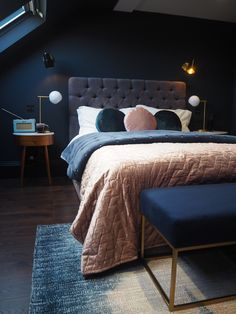 Blush pink and navy mid century bedroom Decor navy, Bedroom Color Schemes, Bedroom Colors, Bedroom Ideas, Bedroom Designs, Navy Bedroom Decor, Bedroom Images, Navy Home Decor, Navy Bedrooms, Dark Purple Bedrooms
